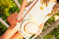 For details of this look go to https://lookchicblog.com/2015/09/27/neutral-tones/