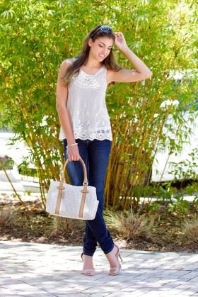 For details of this look go to https://lookchicblog.com/2016/04/10/spring-lace/