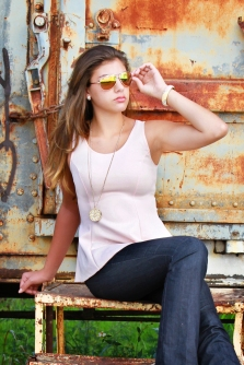 For details of this look go to https://lookchicblog.com/2016/04/22/spring-pink/