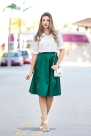 For details of this look go to https://lookchicblog.com/2017/04/17/pleated-skirt-2/