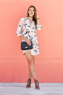 For details of this look go to https://lookchicblog.com/2017/05/22/floral-dress/